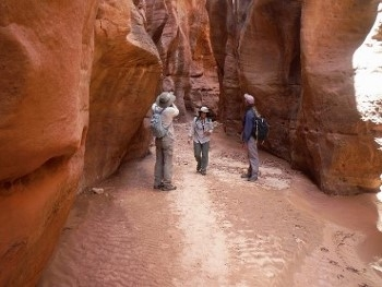 backpack-buckskin-gulch